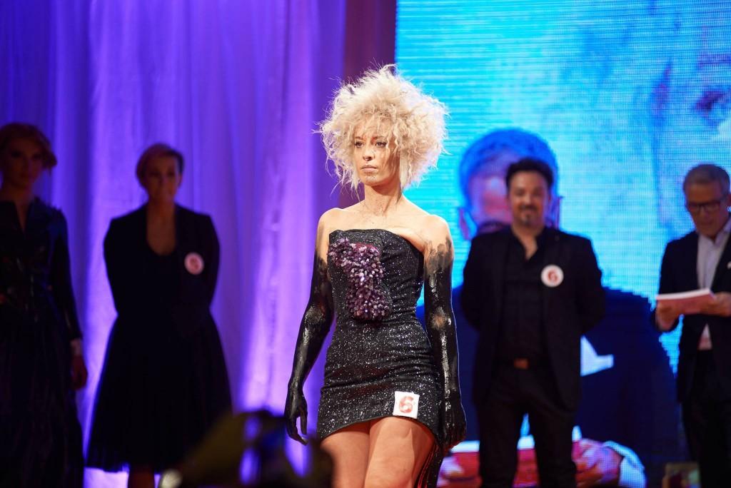Trabajo Ayira de Hairkrone en la pasarela del Trendvision España